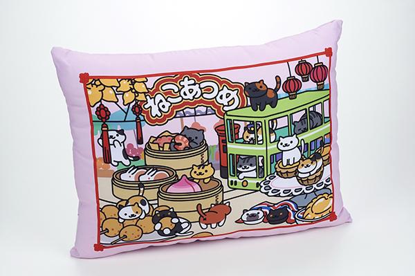 Limited edition Neko-Atsume cushion (Photo courtesy of Bandai)